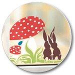 Fensterdekoration Ostern mit Hasen und Fliegenpilz